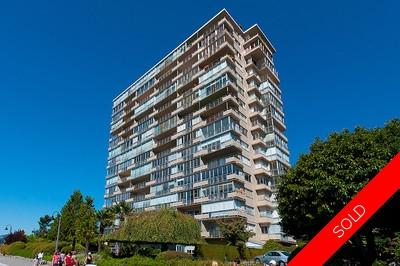 Dundarave Condo for sale: Seastrand 2 bedroom 1,041 sq.ft.